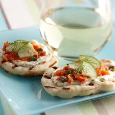 Smoked Salmon and Caper Grilled Appetizer Pizzas