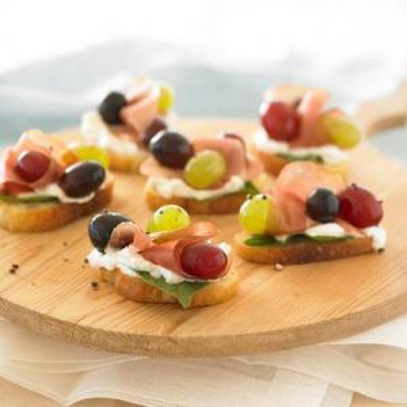 Grape and Prosciutto Appetizers