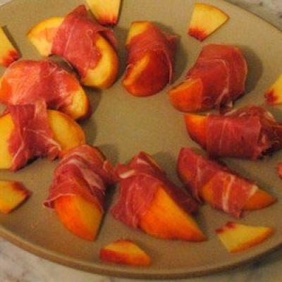 Organic Prosciutto-Wrapped Peaches